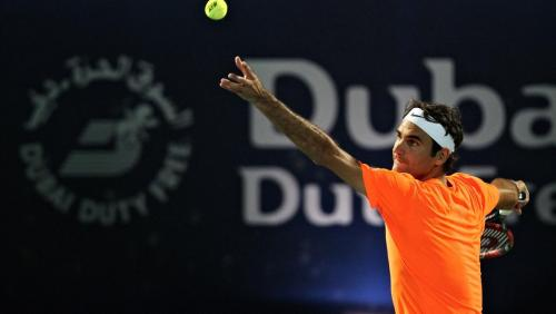 dubai-2015-atp-day-3-federer-serve-1920.jpg